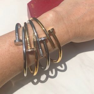 Jewelry - Nailhead Juste un Clou Style Bling Bangle Bracelet